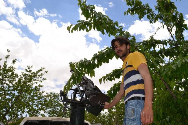 """Home-made mitrailleuse  lourde """"prête à l'emploi"""" pour use ASL qui n'a jamais reçu d'aide occidentale @Frédéric Helbert. DR"""