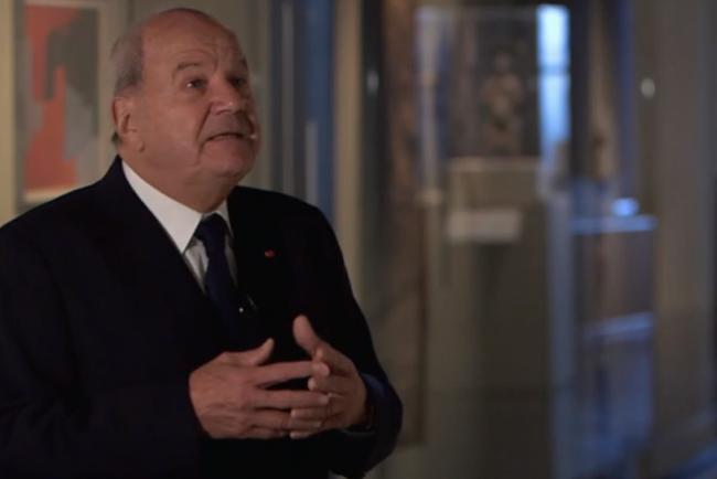 Le tout puissant Marc de Lacharrière, ami de François Fillon et de... François Holande