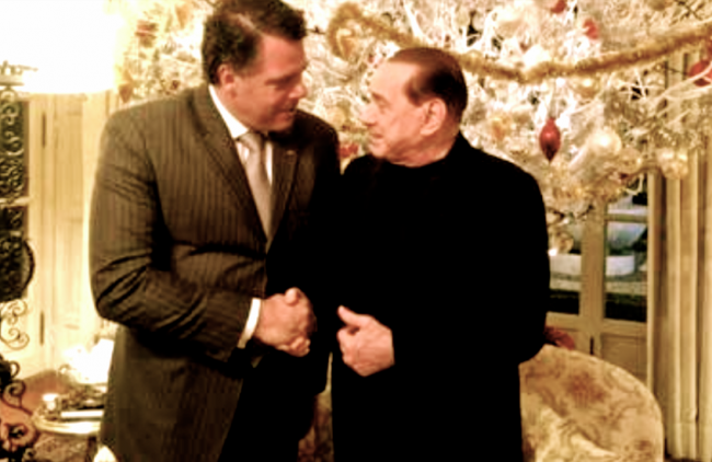 Victor Pablo Dana, l'ami des grands, ici avec...Silvio Berlusconi