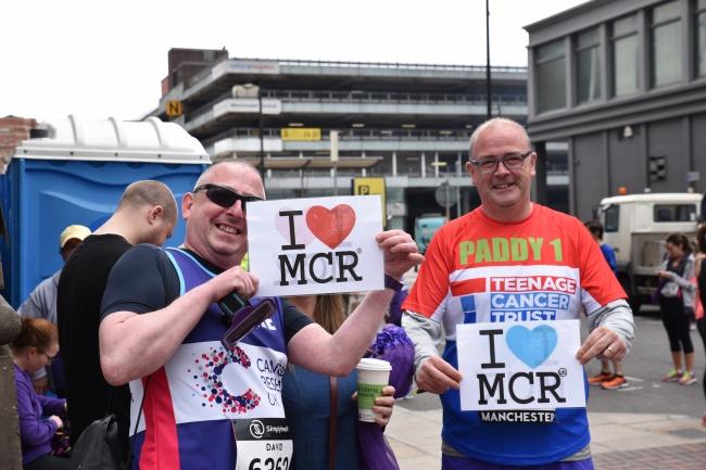 Deux runners, imperméables à la peur, amoureux de leur ville, et soucieux de ne rien céder aux terroristes @FH